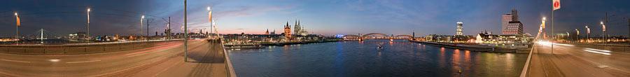 Kölnpanorama in der Dämmerung