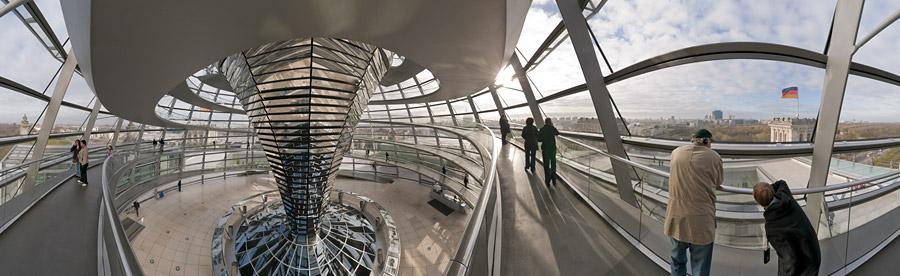 In der Kuppel vom Reichstagsgebäude