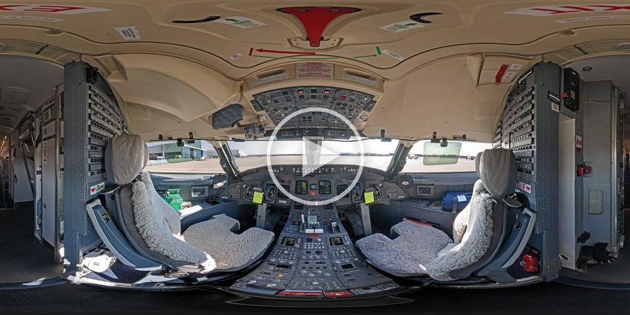 360°x180°-Panorama eines Lufthansa Cityline Cockpits vom Typ Bombardier CRJ-700 mit Hotspots | 03.2009