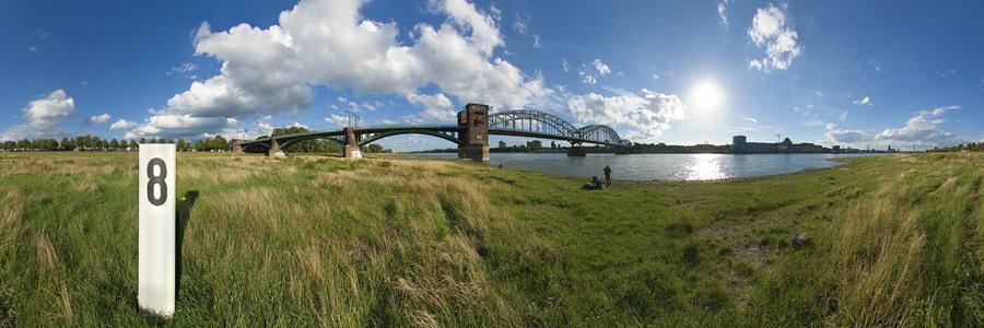 Südbrücke 8