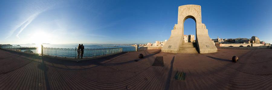 Monument aux morts de l'armée d'Orient à Marseille