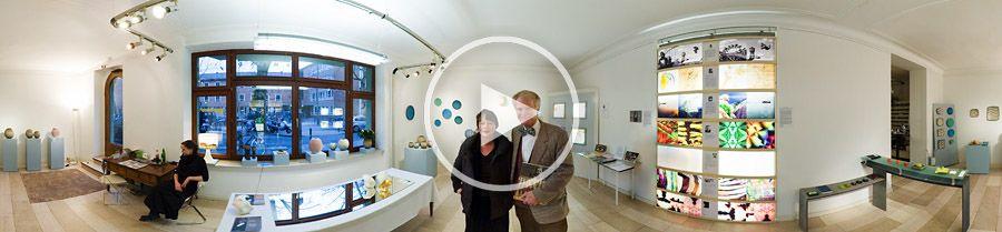 360°x180°-Panorama | Galeristenehepaar Smend ausKöln während der Passagen 2007 | 01.2007