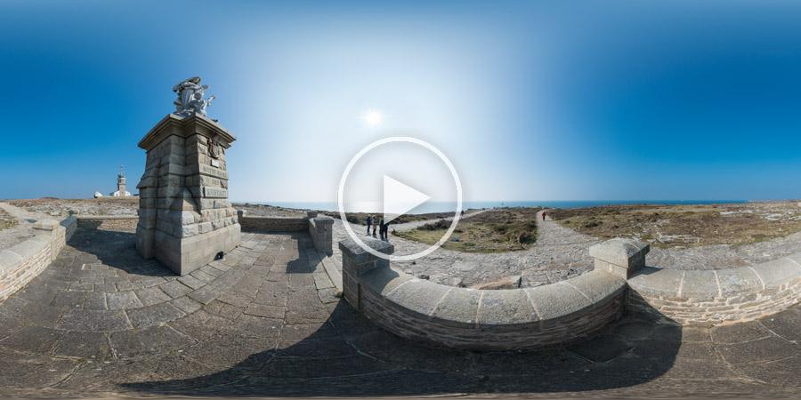 Notre-Dame-des-Naufragés – Pointe du Raz | Kugelpanorama | une sculpture de Cyprian Godebski réalisée en 1904 et située à la pointe du Raz à Plogoff (Finistère)