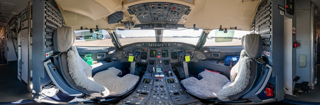 Cockpit Bombardier CRJ-700
