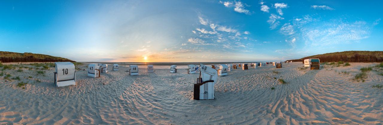 Spiekeroog Strand mit Sonnenuntergang