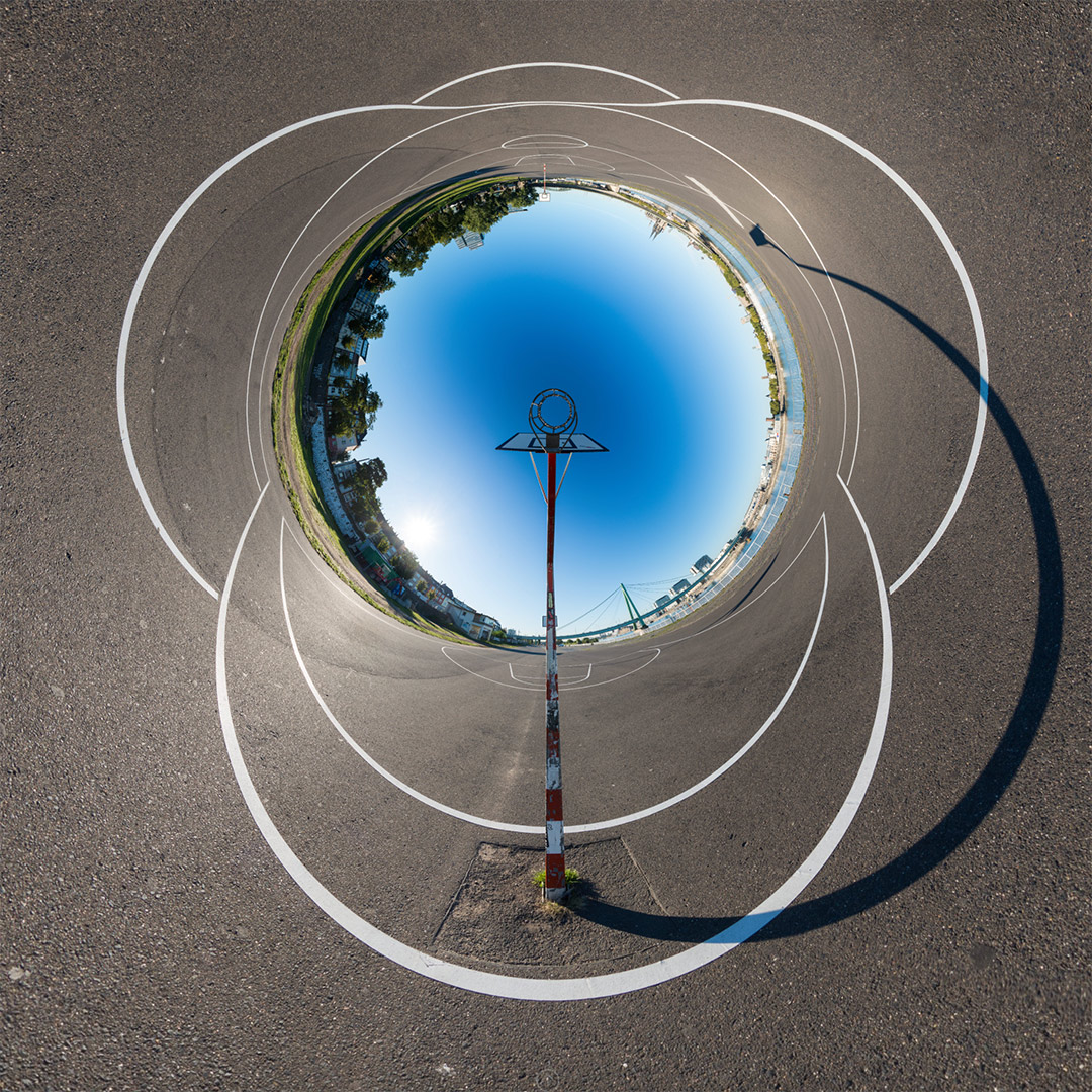 Reversed Little Planet | Basketball am Rhein