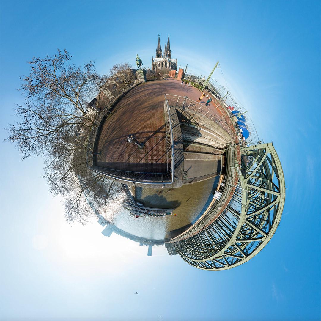 Little Planet | Kölner Dom und Hohnezollernbrücke