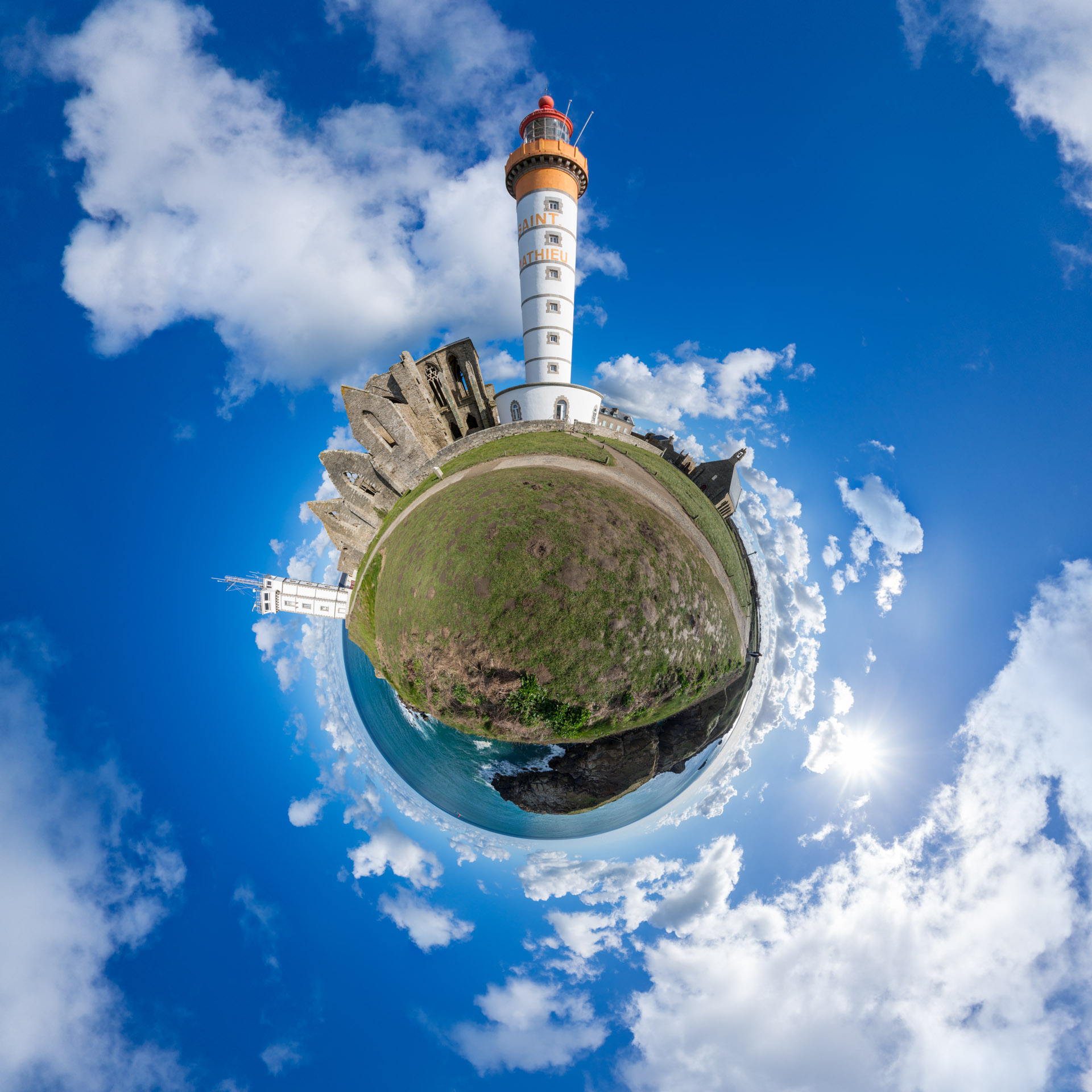 Phare de Saint-Mathieu – Little Planet